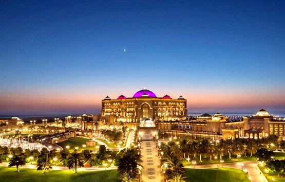 Отель Emirates Palace в Абу Даби - истинное воплощение роскоши
