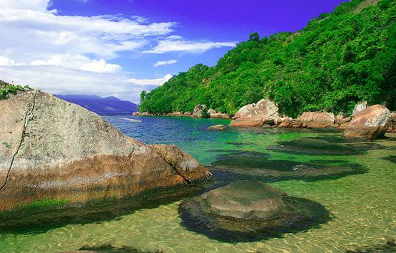 Водопад Виктория, Национальный парк Чобе и Мозамбик: отдых у берега тёплого Индийского океана - незабываемый дайвинг, снуклинг, рыбалка и океан морепродуктов для гурманов.